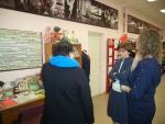 У стендов Михалковской библиотеки